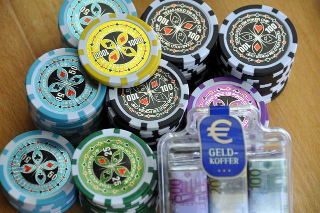 Start the Fun of Gambling and Betting with Domino QQ Casino Games – Yakama  Legends
